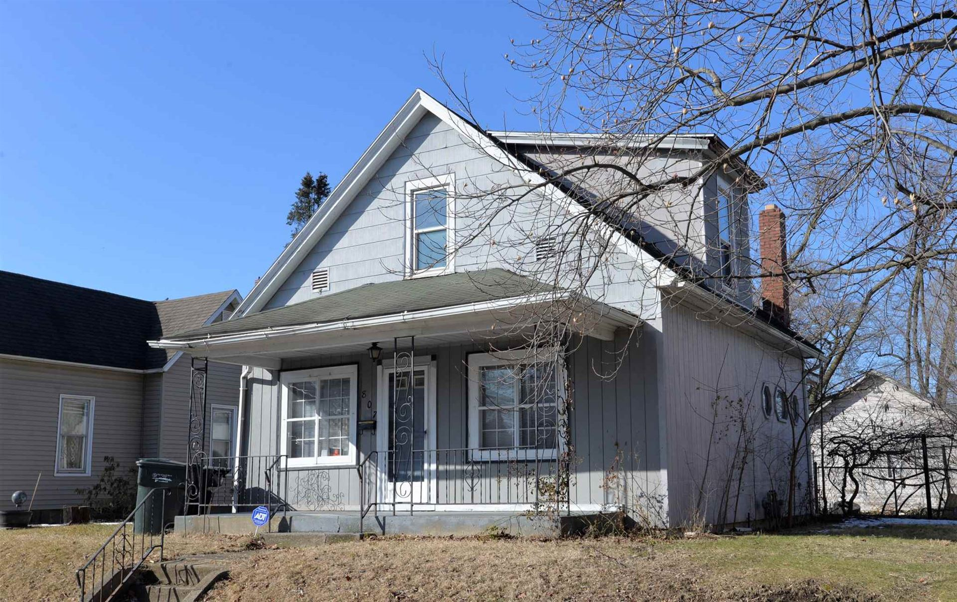 807 S 26th Street, South Bend, IN 46615 - #: 202006455