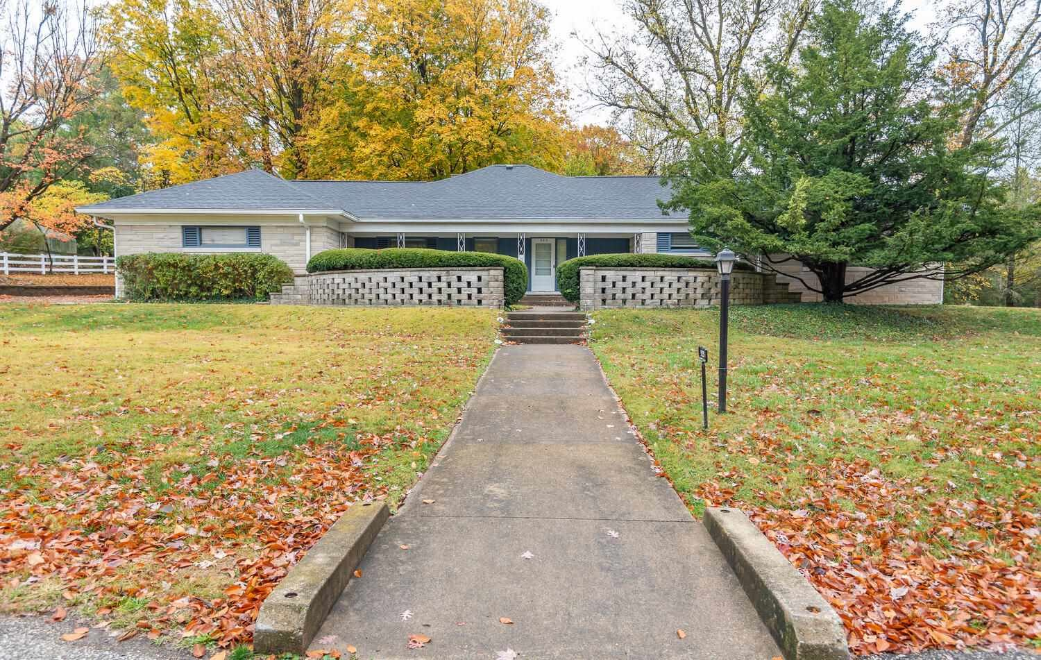 925 S Highland Avenue, Bloomington, IN 47401 - #: 202042460