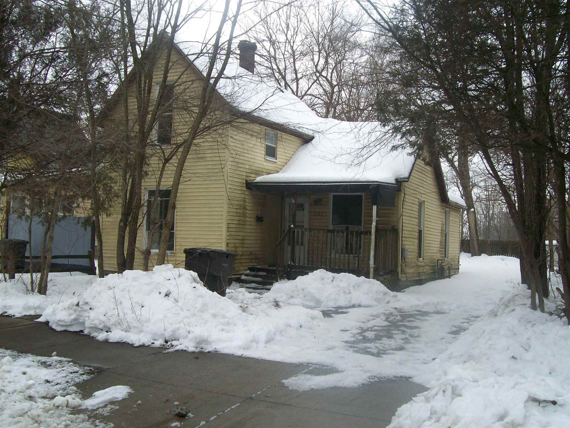 1523 11th Street, Elkhart, IN 46516 - #: 202105476