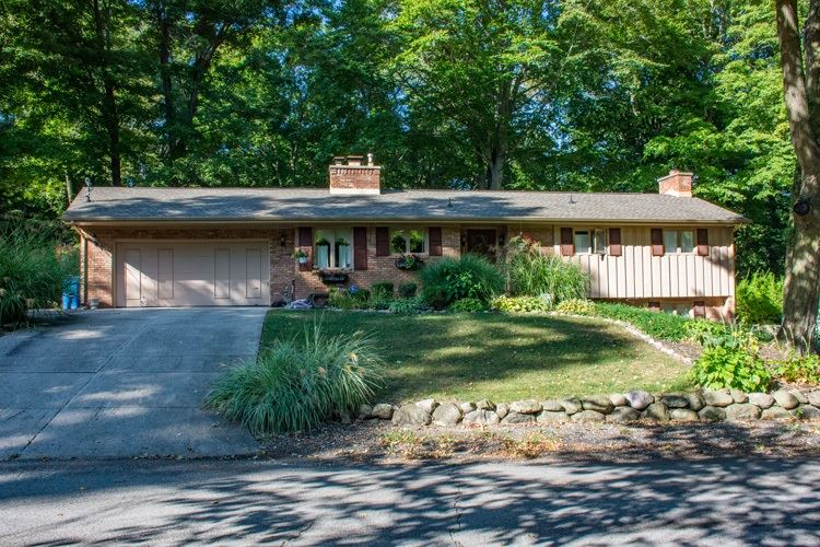 20365 Pearl Street, South Bend, IN 46614 - #: 202046491