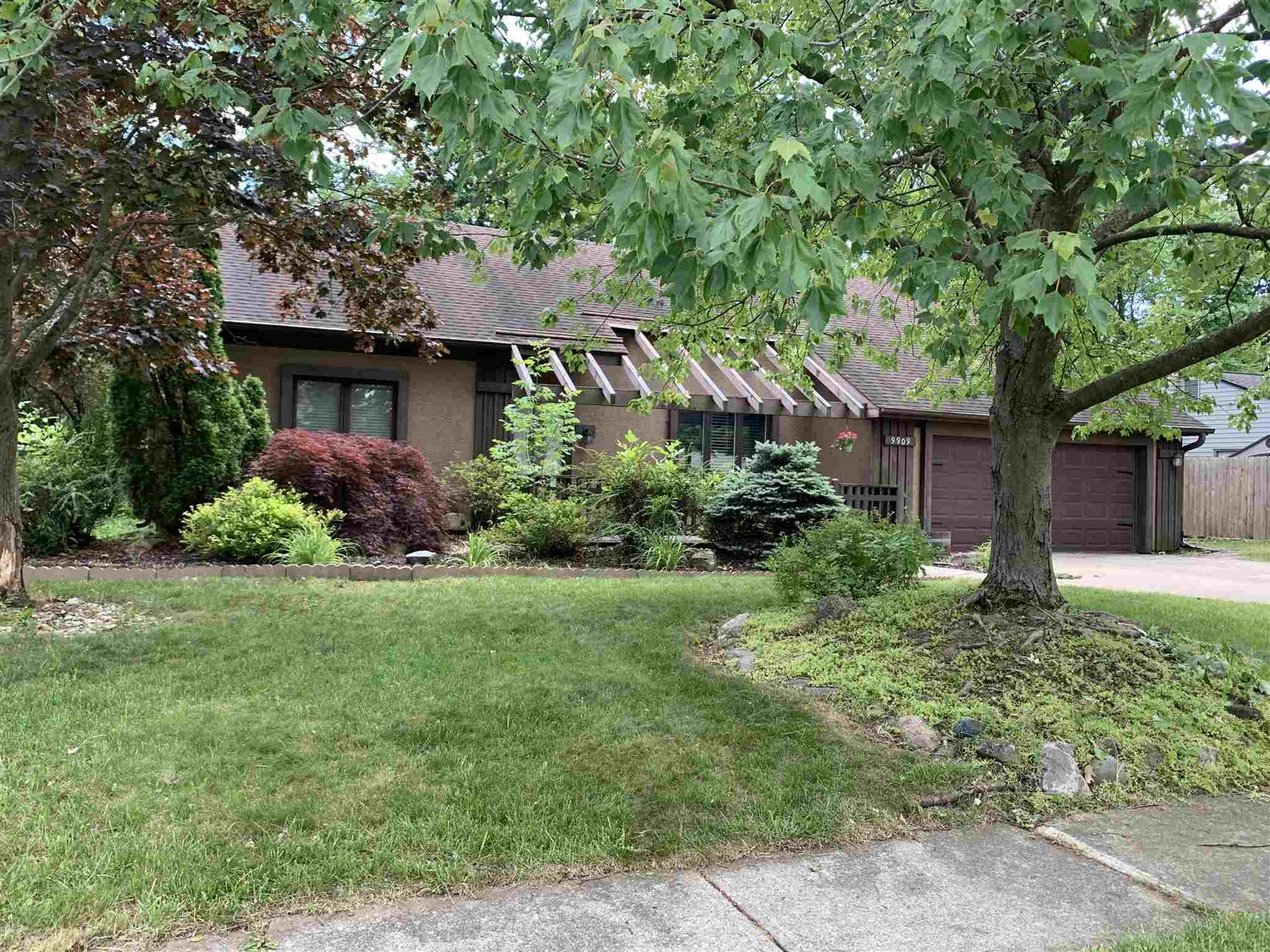 9909 Houndshill Place, Fort Wayne, IN 46804 - #: 202025496