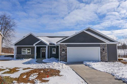 Photo of 175 Chickadee Lane, Warsaw, IN 46580 (MLS # 202037505)