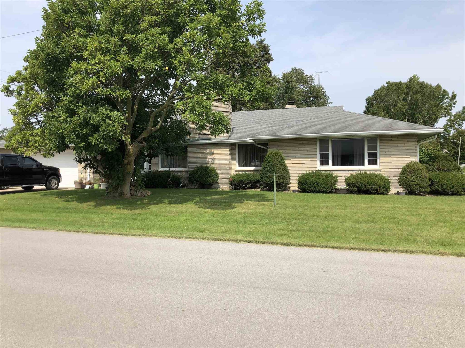 105 E South Street, Boswell, IN 47921 - #: 202037511