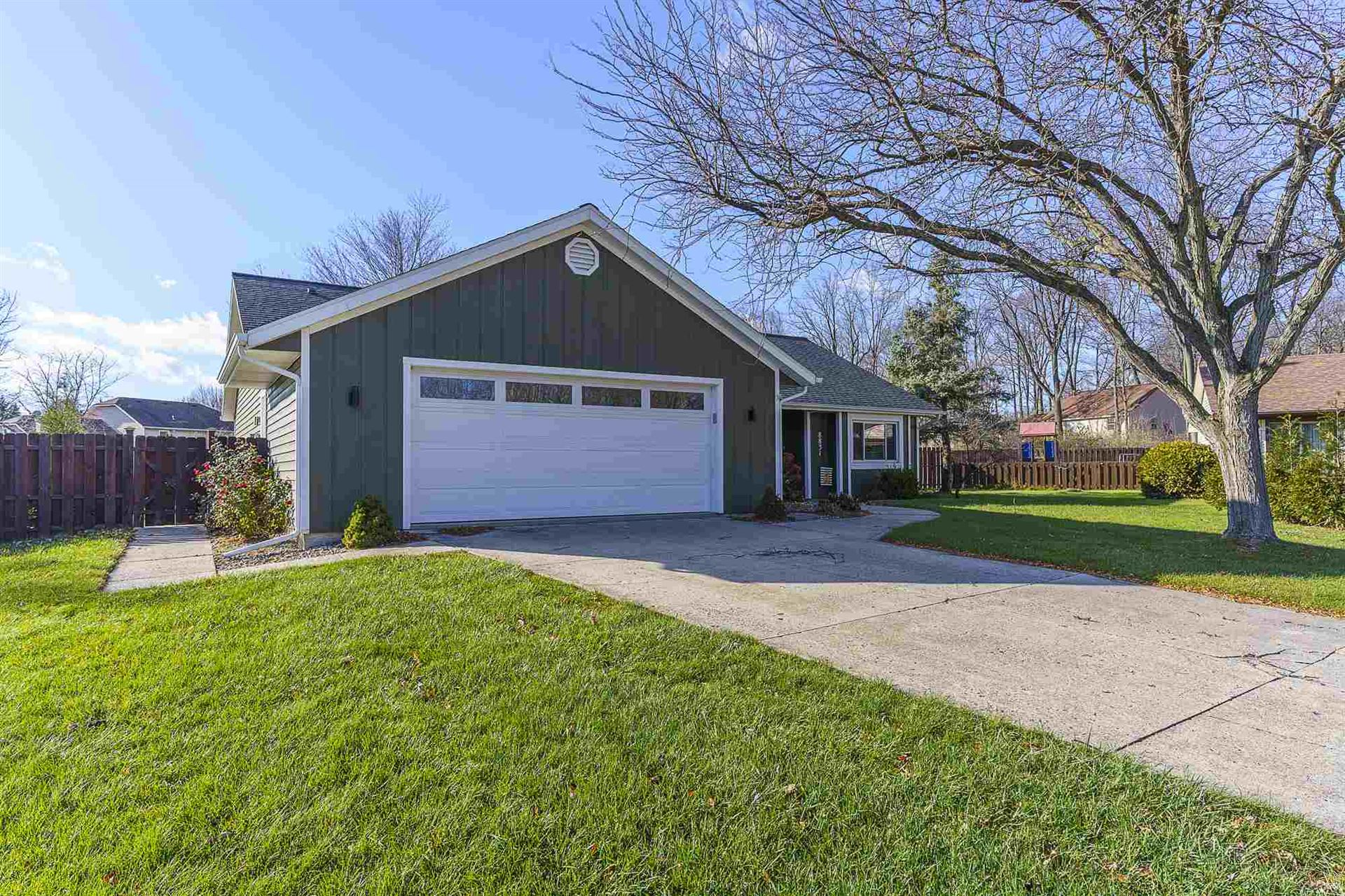 8831 Beacon Woods Place, Fort Wayne, IN 46804 - #: 202046511