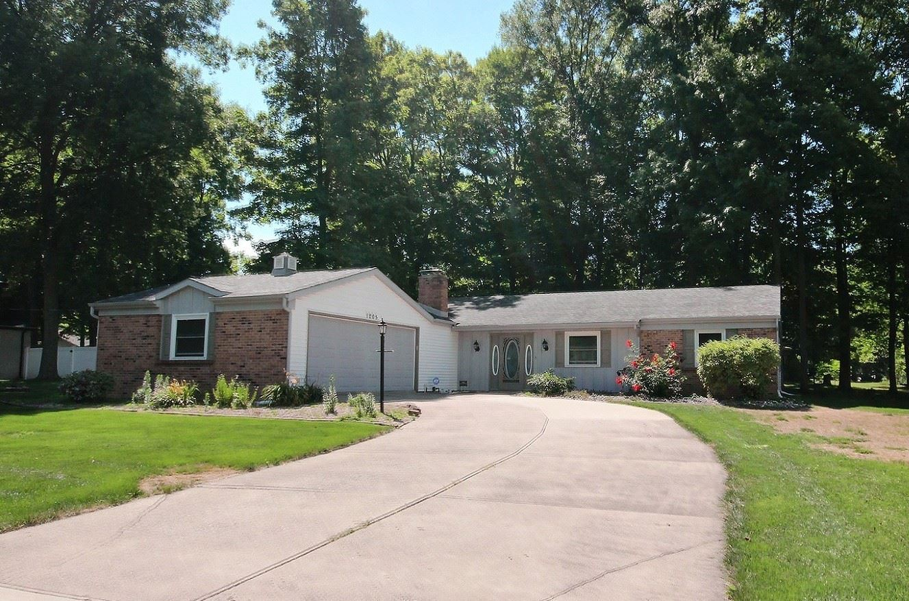 1205 Mark Drive, Auburn, IN 46706 - #: 202035514
