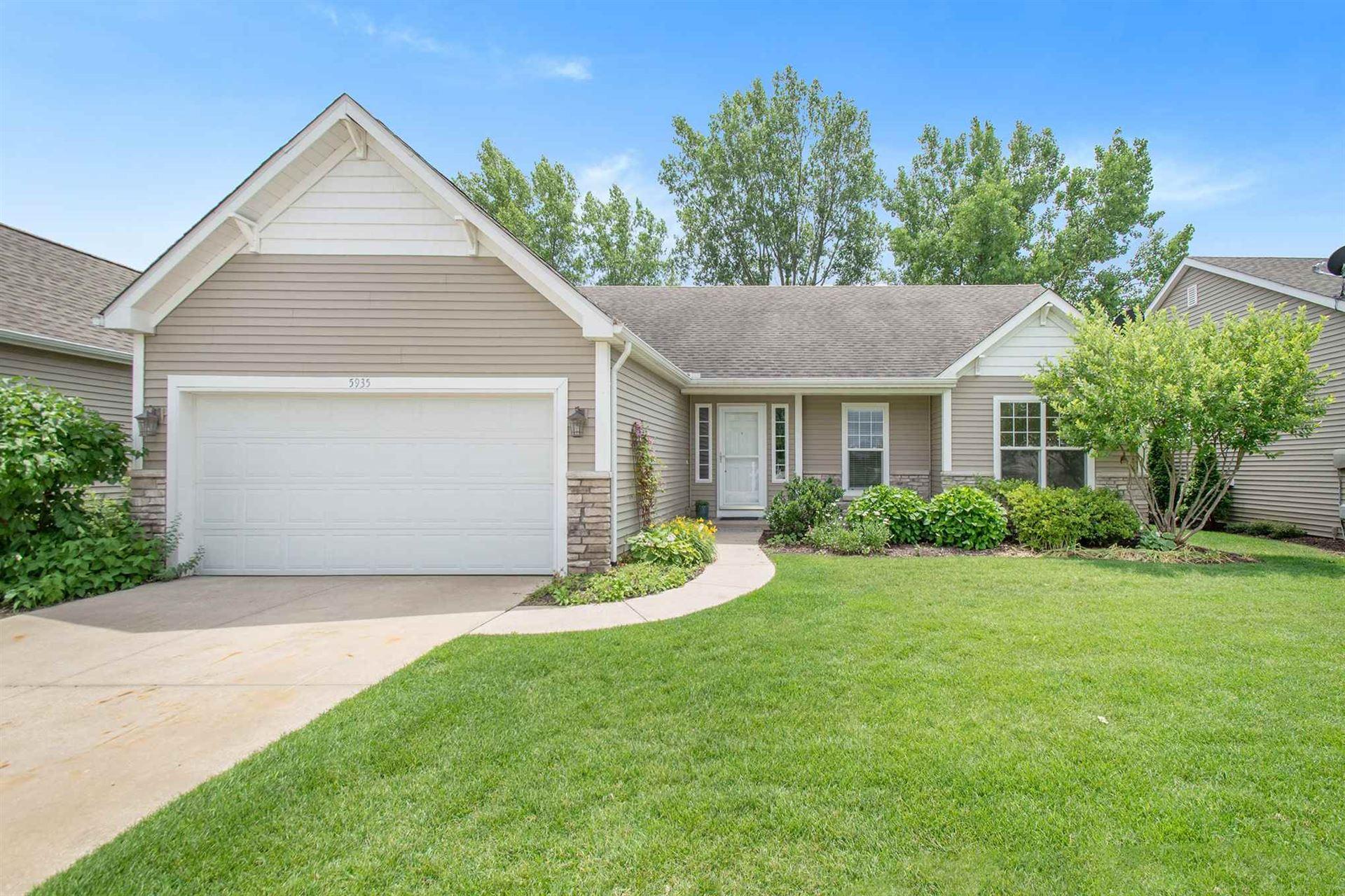 5935 Cottage Circle, Granger, IN 46530 - #: 202024516