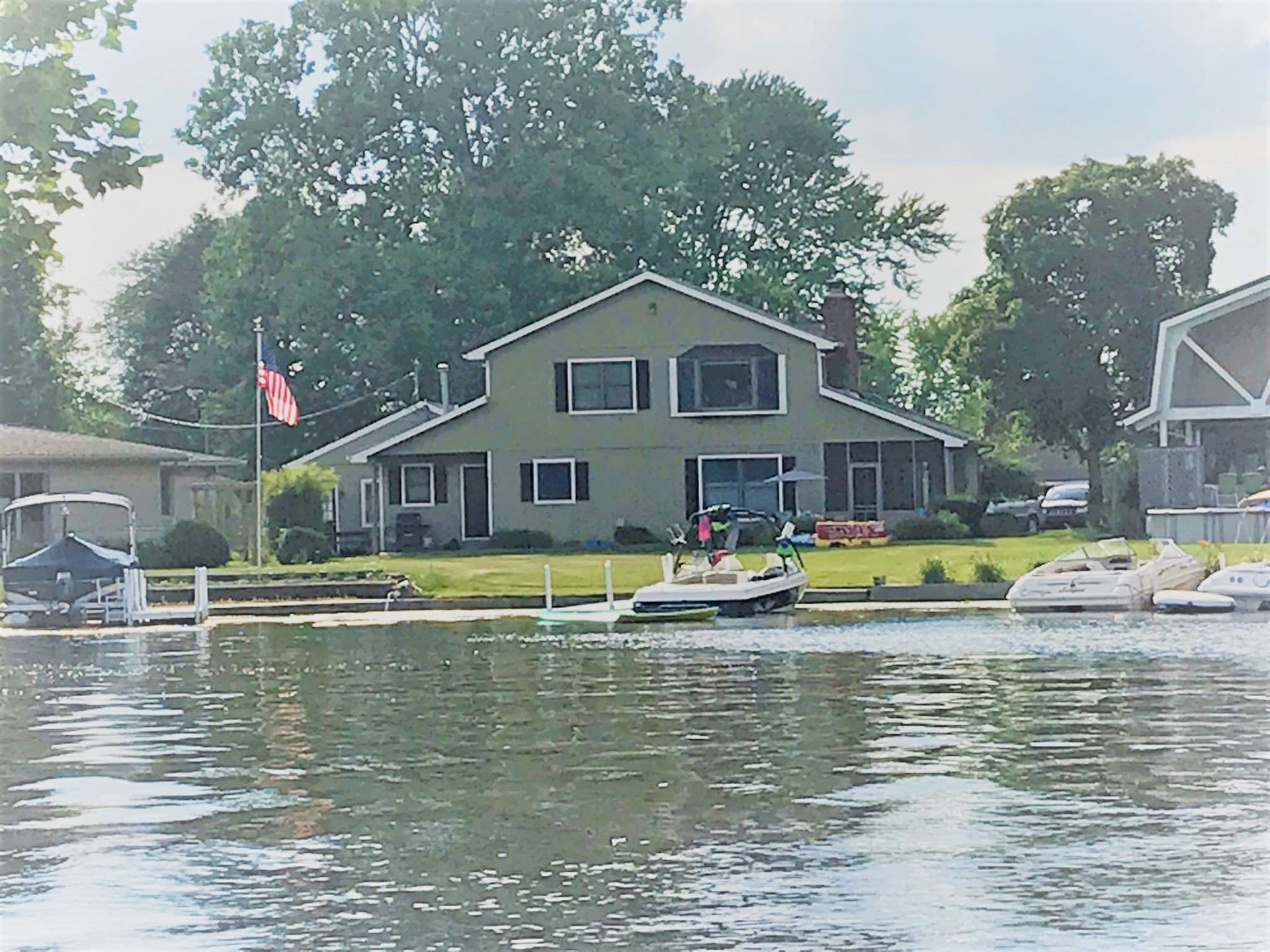 2612 Wolfs Point Drive, Rochester, IN 46975 - #: 201929518