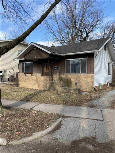 Photo of 2138 Edgehill Avenue, Fort Wayne, IN 46805 (MLS # 202101530)