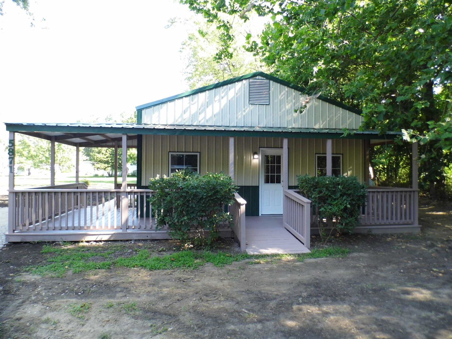 5871 N Sleepy Hollow South Road, Monticello, IN 47960 - #: 202029531