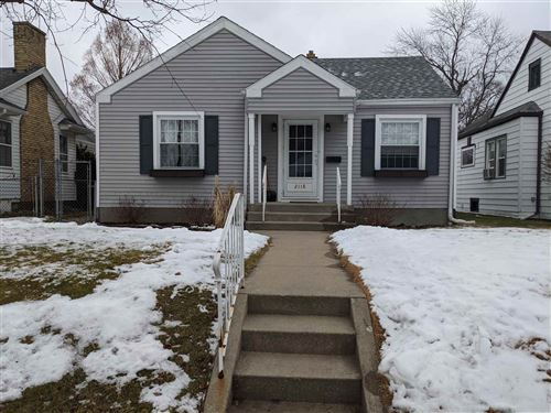 Photo of 2118 Hollywood Place, South Bend, IN 46616 (MLS # 202101541)
