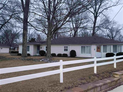 Photo of 647 N Center Street, North Webster, IN 46555 (MLS # 202101551)