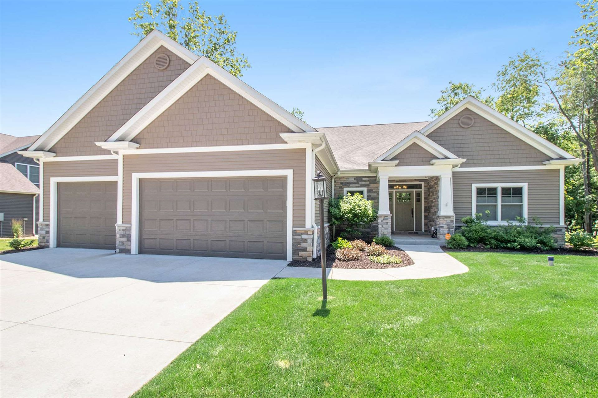 22254 Red Rock Way, South Bend, IN 46628 - #: 202025559