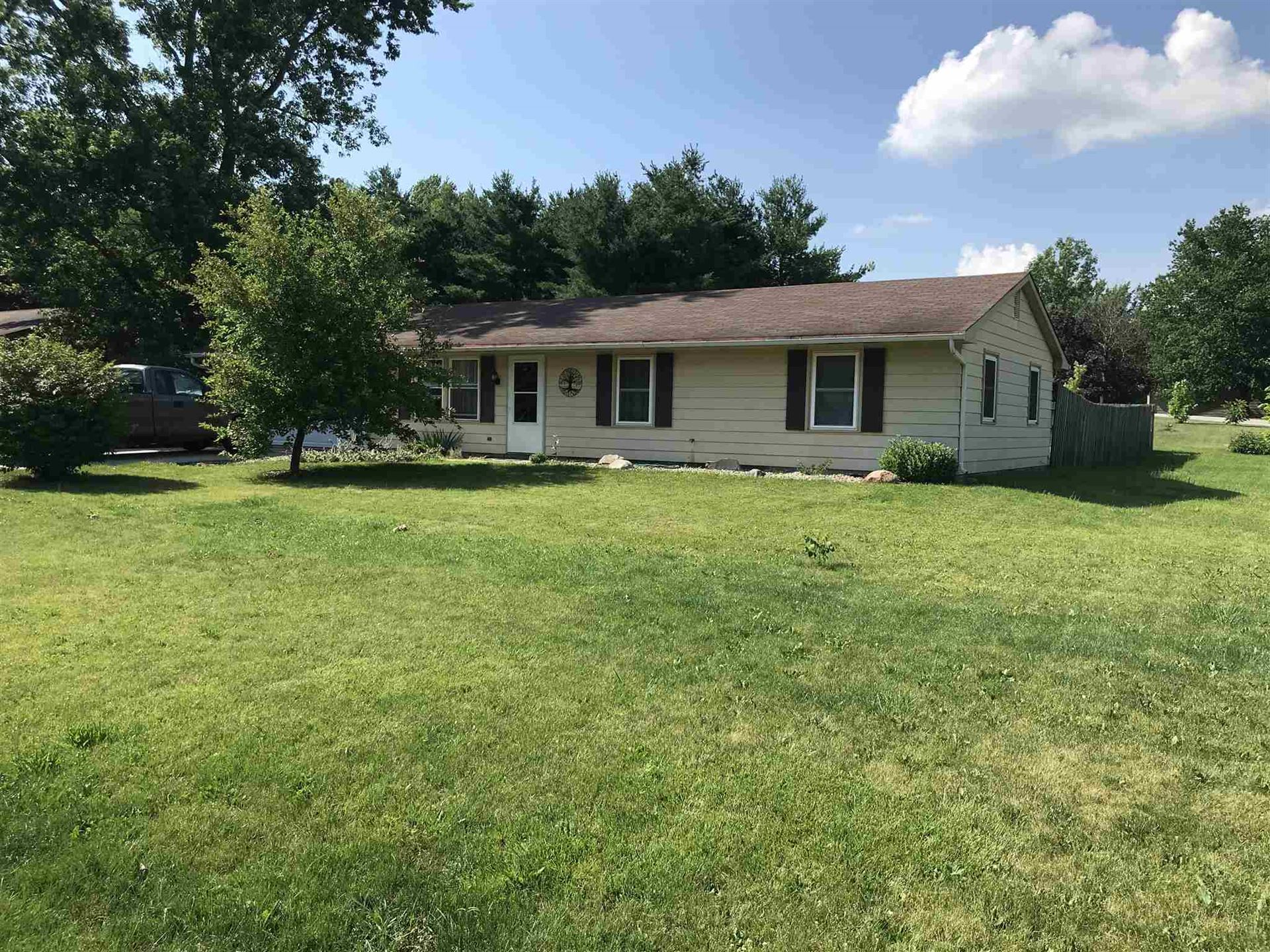1855 E willie Court, Columbia City, IN 46725 - #: 202026559