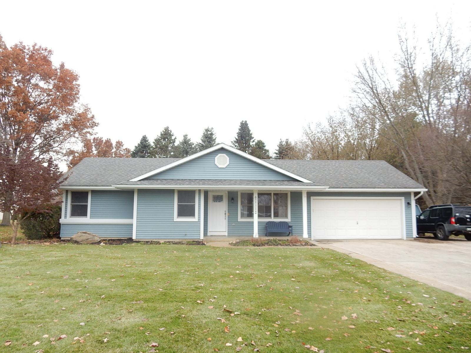 59329 Teaberry Court, Elkhart, IN 46517 - #: 201950571