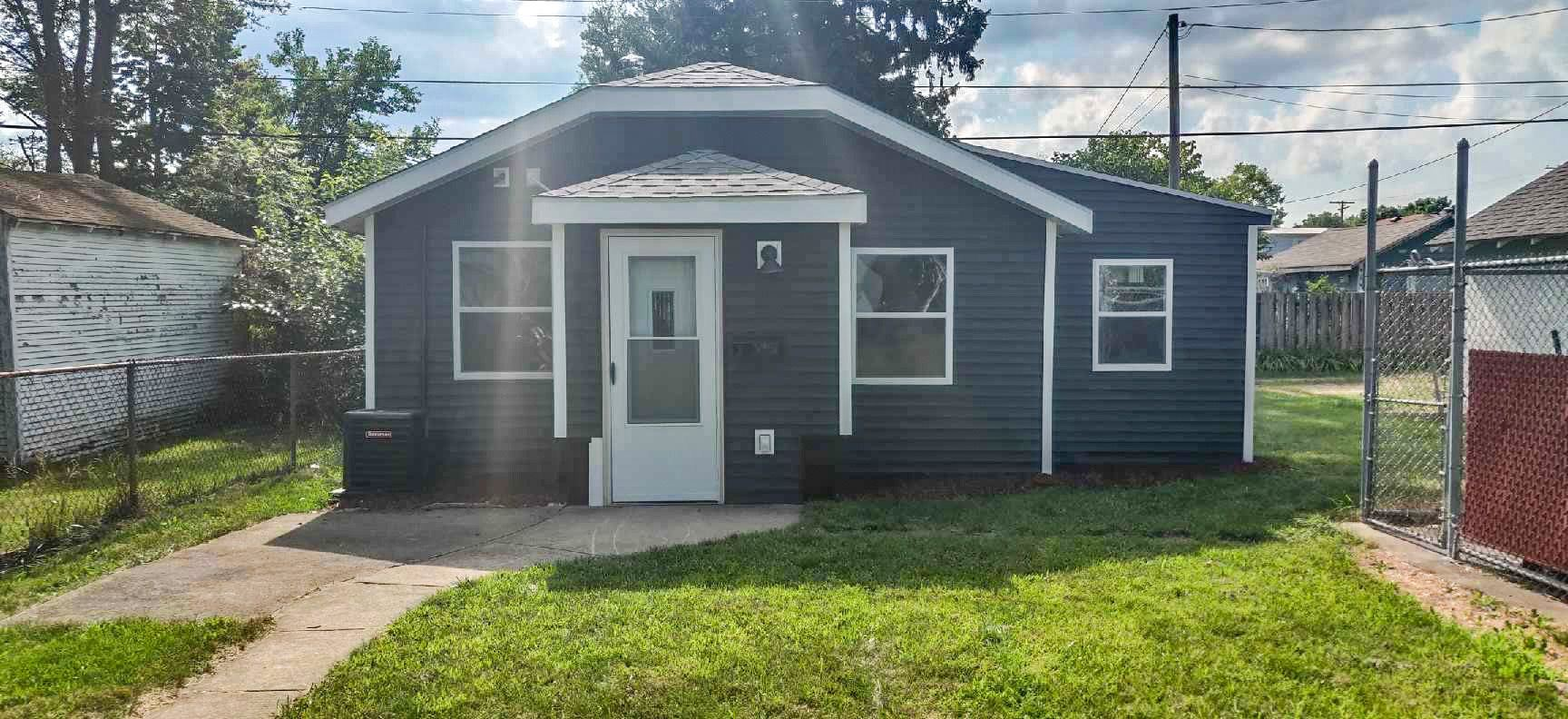 745 S 26th Street, South Bend, IN 46615 - #: 202029587