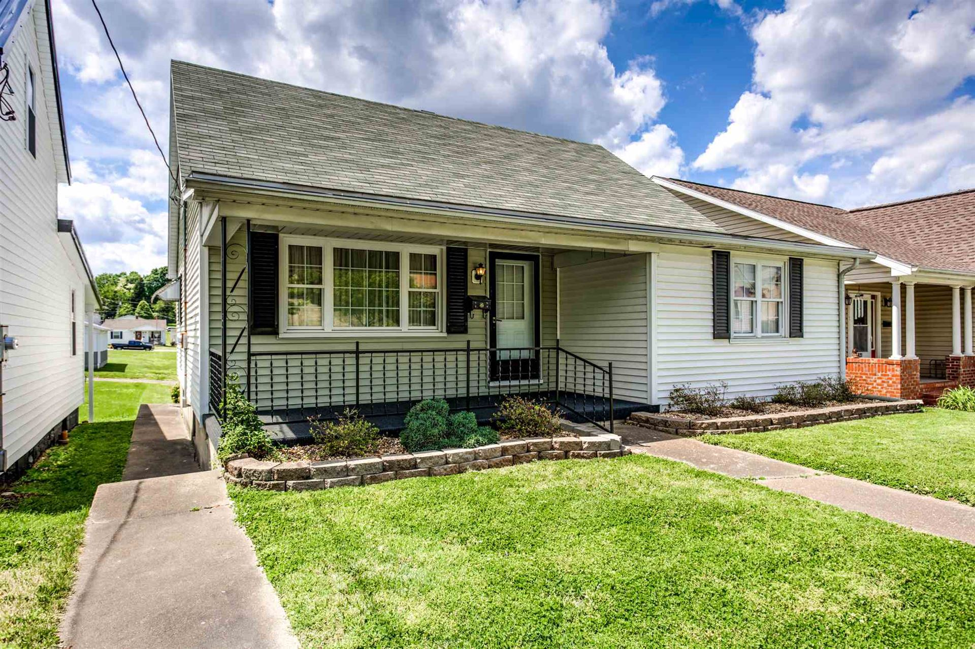 419 12th Street, Tell City, IN 47586 - #: 202019591