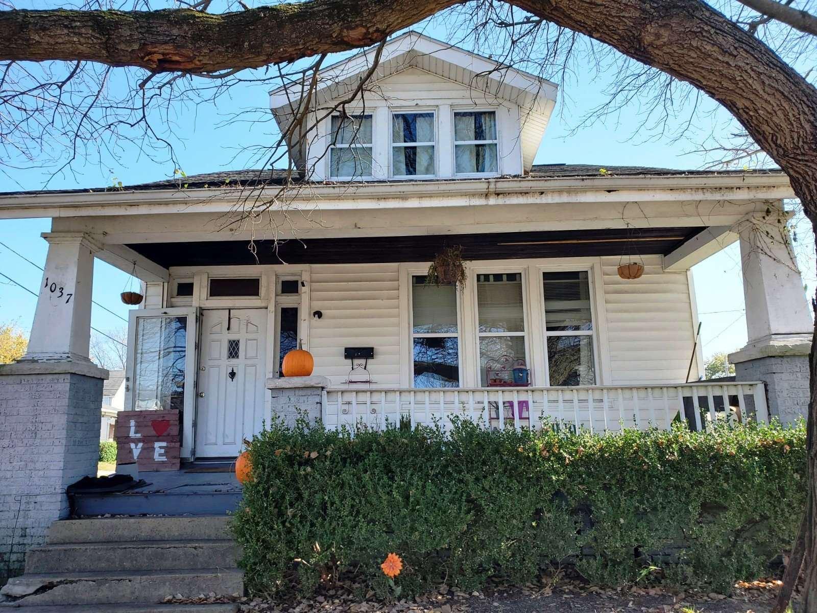 1037 N Third Avenue, Evansville, IN 47710 - #: 202045606