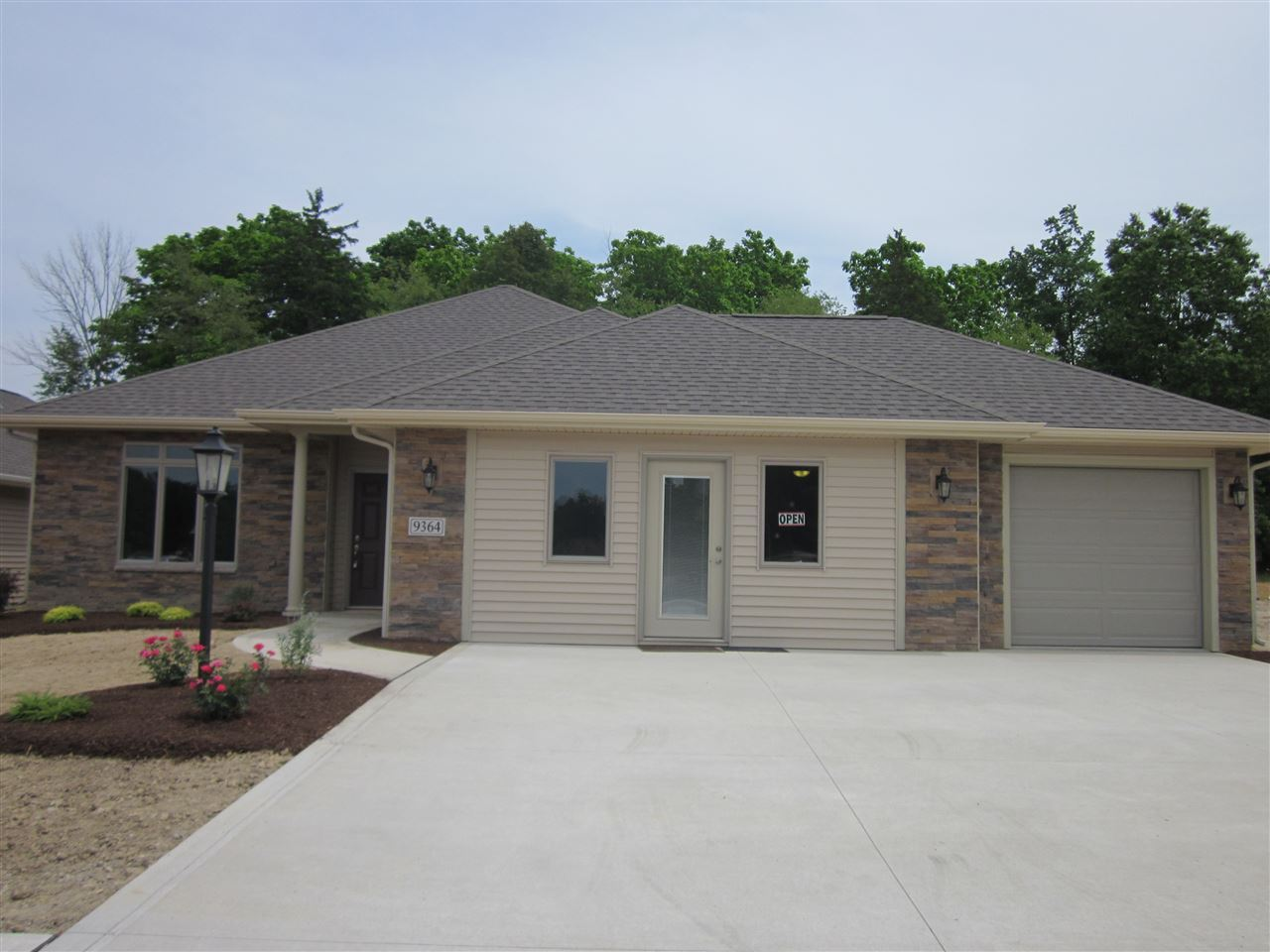 9364 Colchester Terrace, Fort Wayne, IN 46825 - #: 202039620