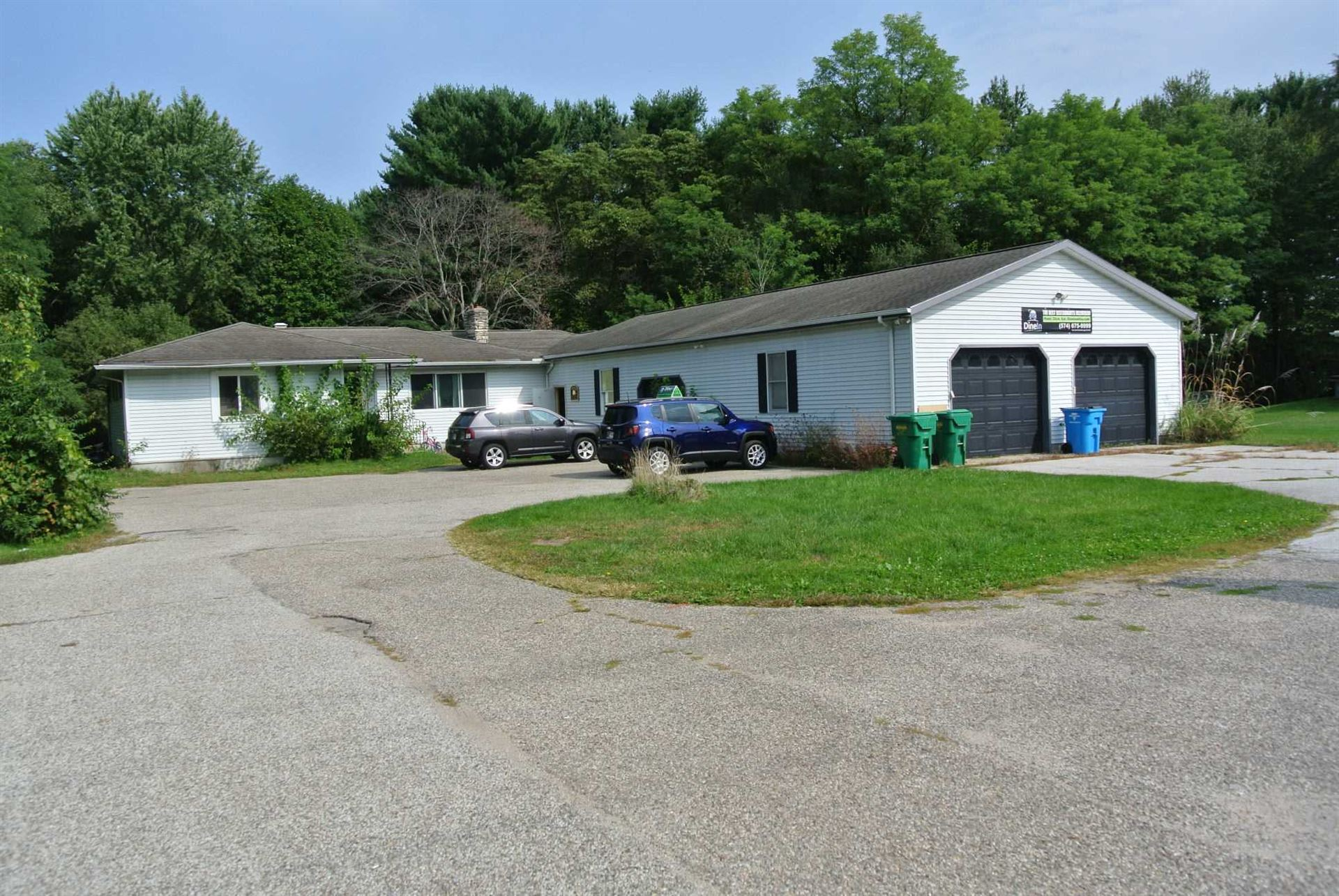 11715 McKinley Highway, Osceola, IN 46561 - #: 202040626