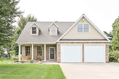 Photo of 8203 S Pond View Drive, Star City, IN 46985 (MLS # 202036628)