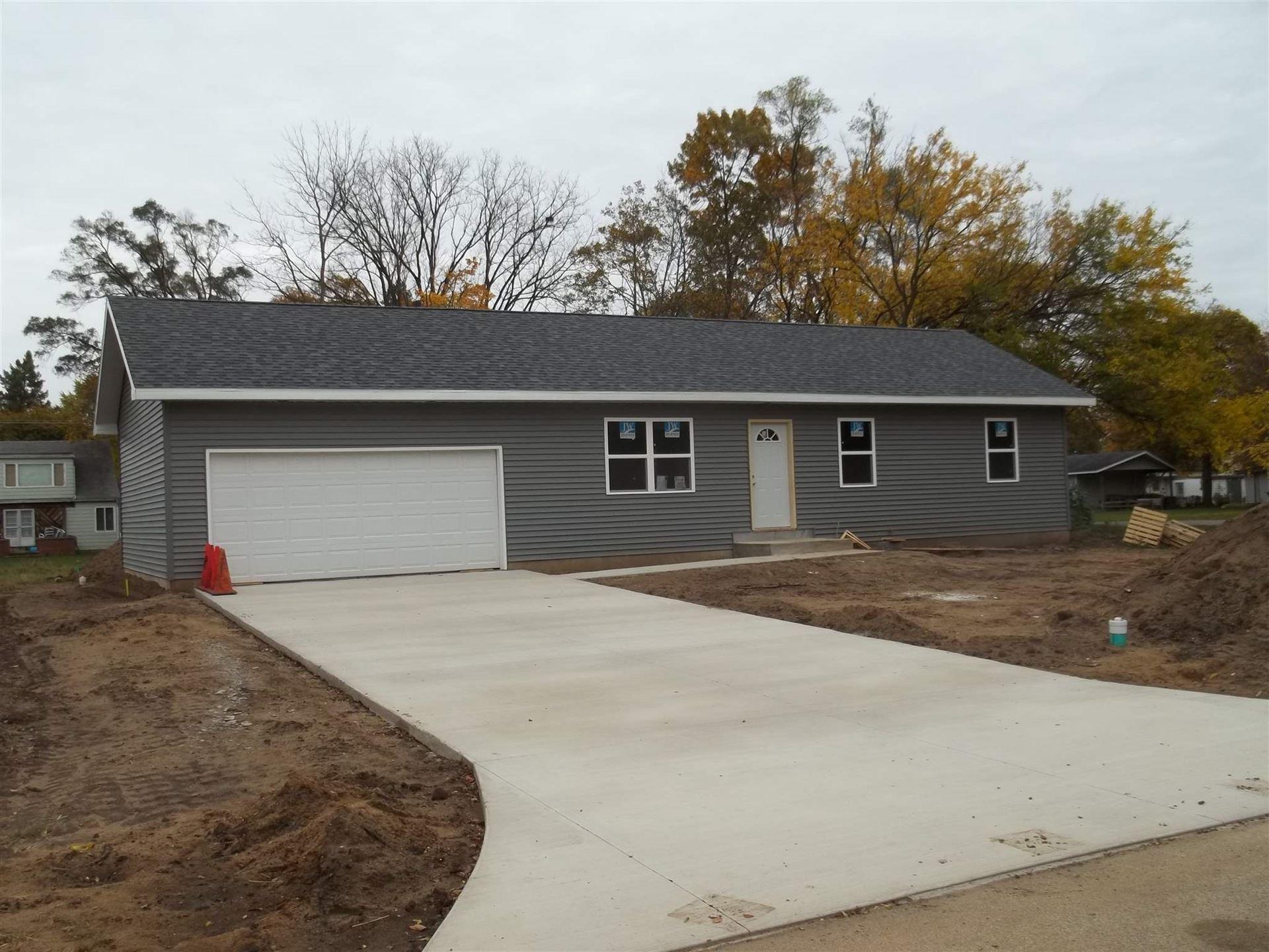 708 fieldhouse Avenue, Elkhart, IN 46517 - #: 202043628
