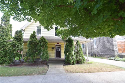 Photo of 205 E MAIN ST, Syracuse, IN 46567 (MLS # 202136630)