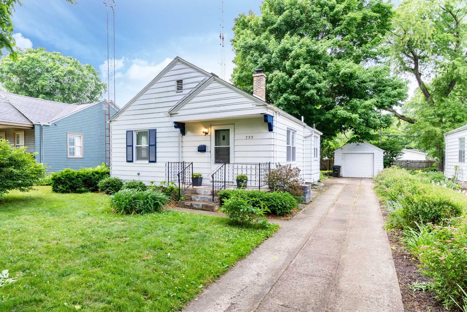 733 Northwood Street, South Bend, IN 46617 - #: 202023645