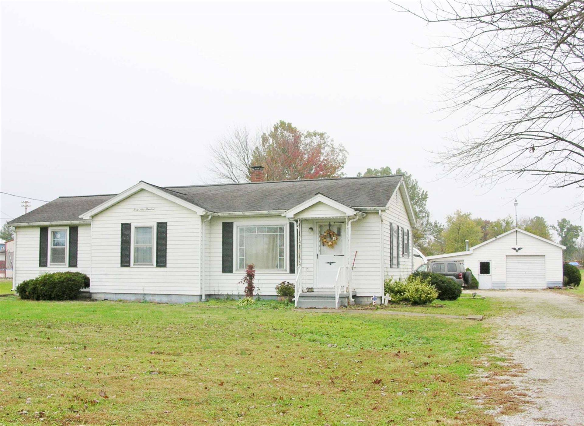 4900 Daylight Drive, Evansville, IN 47725 - #: 202043645