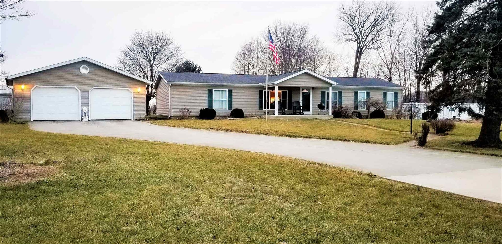Photo of 71787 County Road 127 Road, Syracuse, IN 46567 (MLS # 202006657)