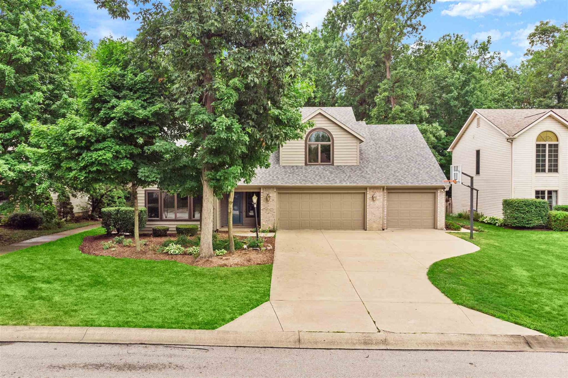 8921 Spring Forest Drive, Fort Wayne, IN 46804 - #: 202028657