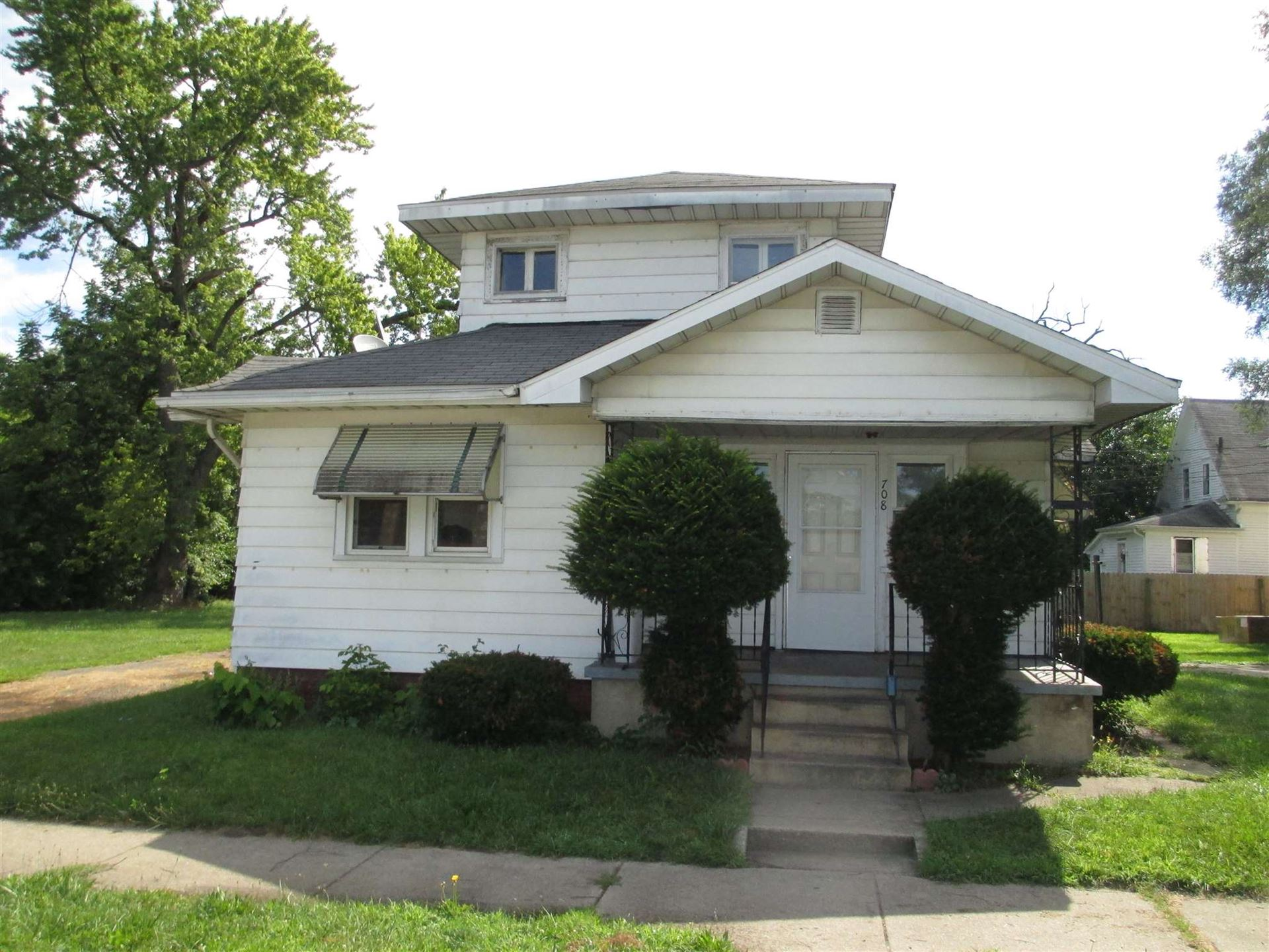 708 Cleveland Avenue, South Bend, IN 46628 - #: 202031671
