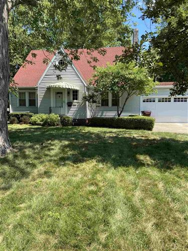 Photo of 200 E Roselawn Drive, Logansport, IN 46947 (MLS # 202038674)