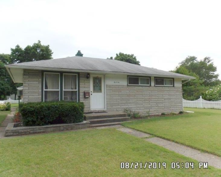 1001 Concord Avenue, Elkhart, IN 46516 - #: 201936674