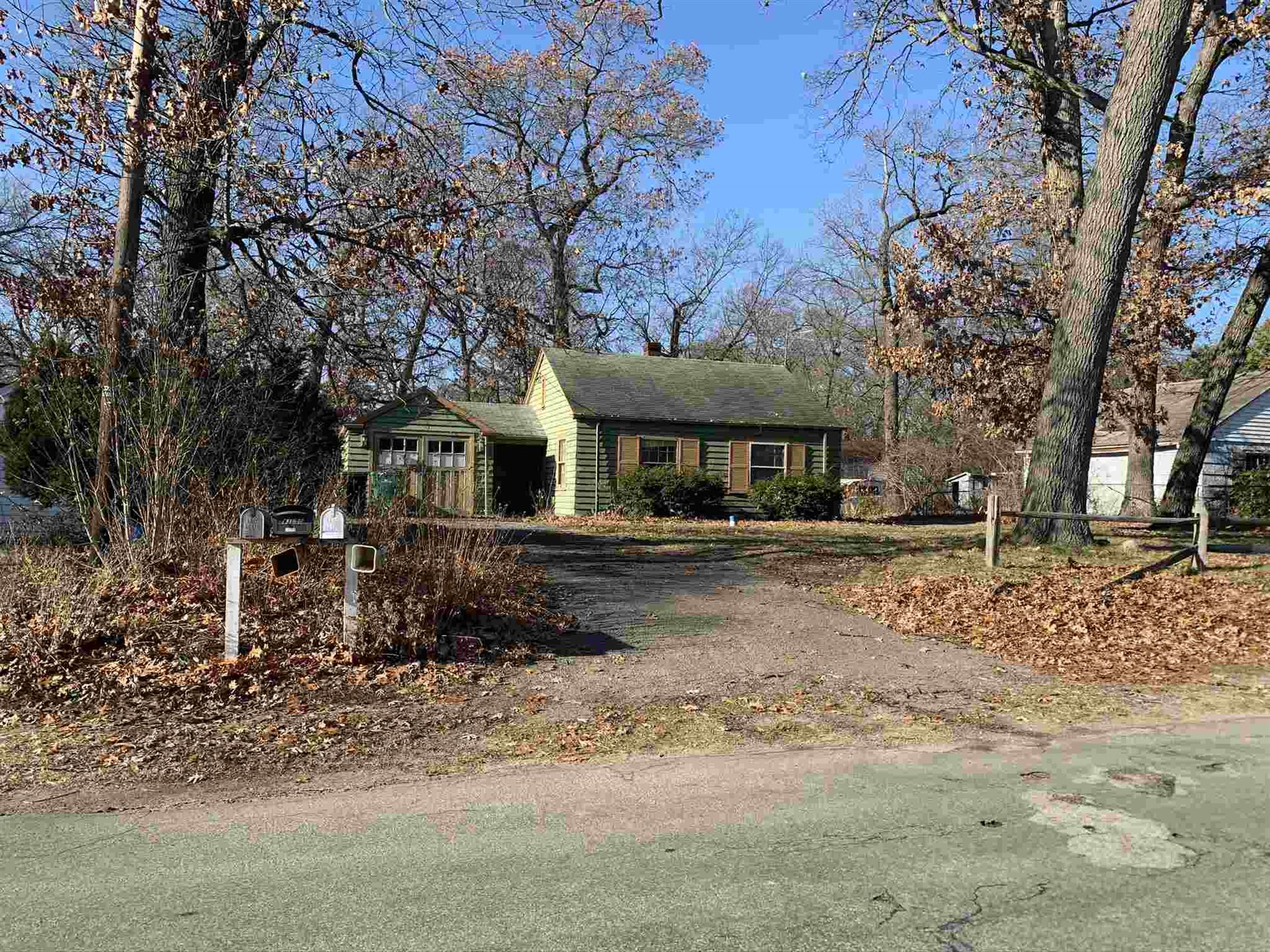 55189 Moss Road, South Bend, IN 46628 - #: 202007674