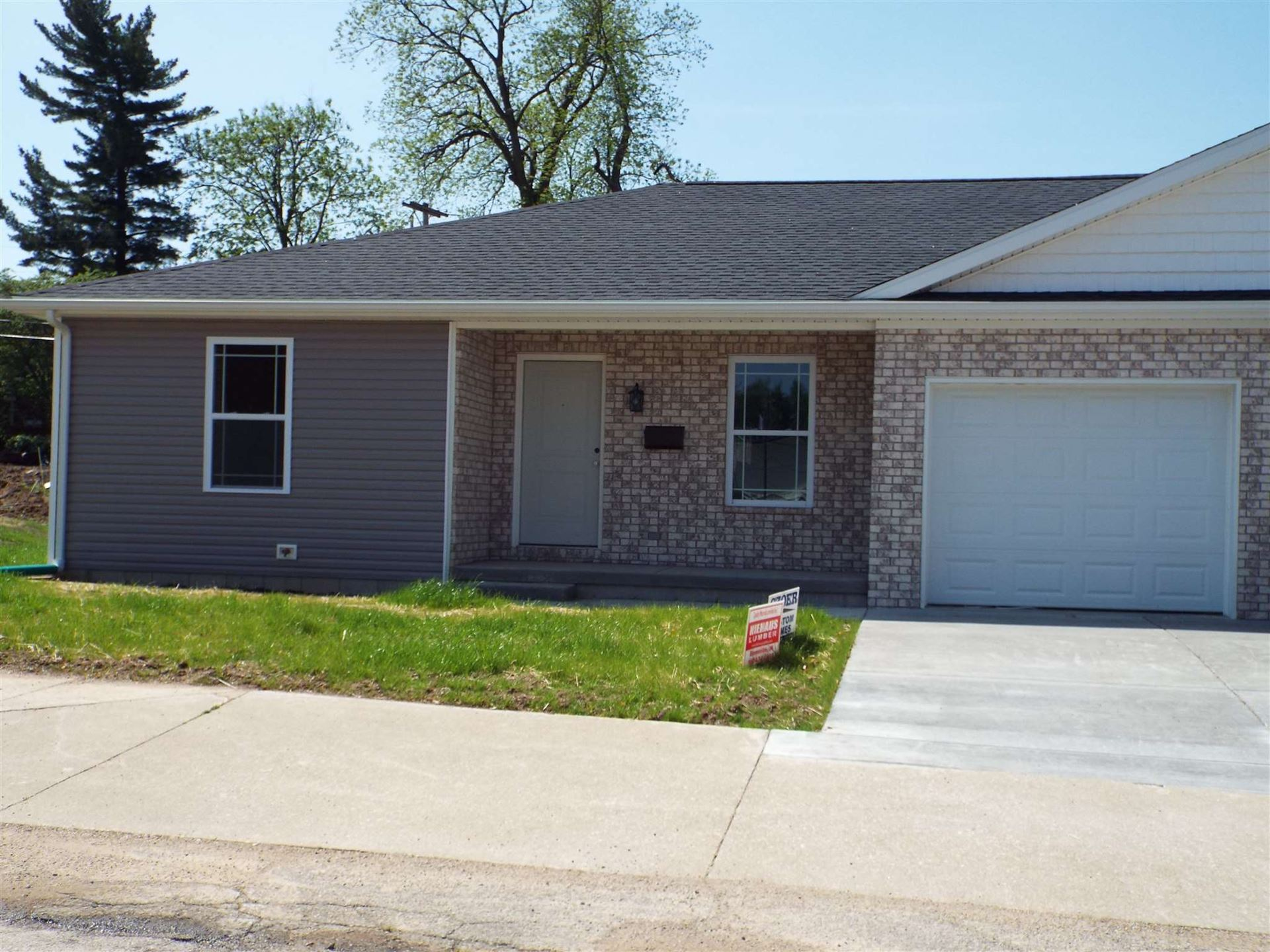 201 W Locust Street, Fort Branch, IN 47648 - #: 202017676