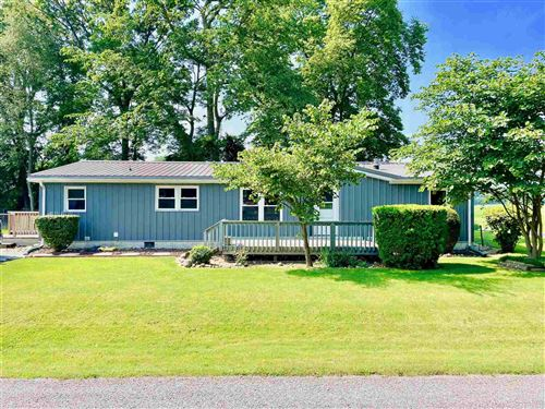 Photo of 509 S Paradise Drive, Rochester, IN 46975 (MLS # 202126684)