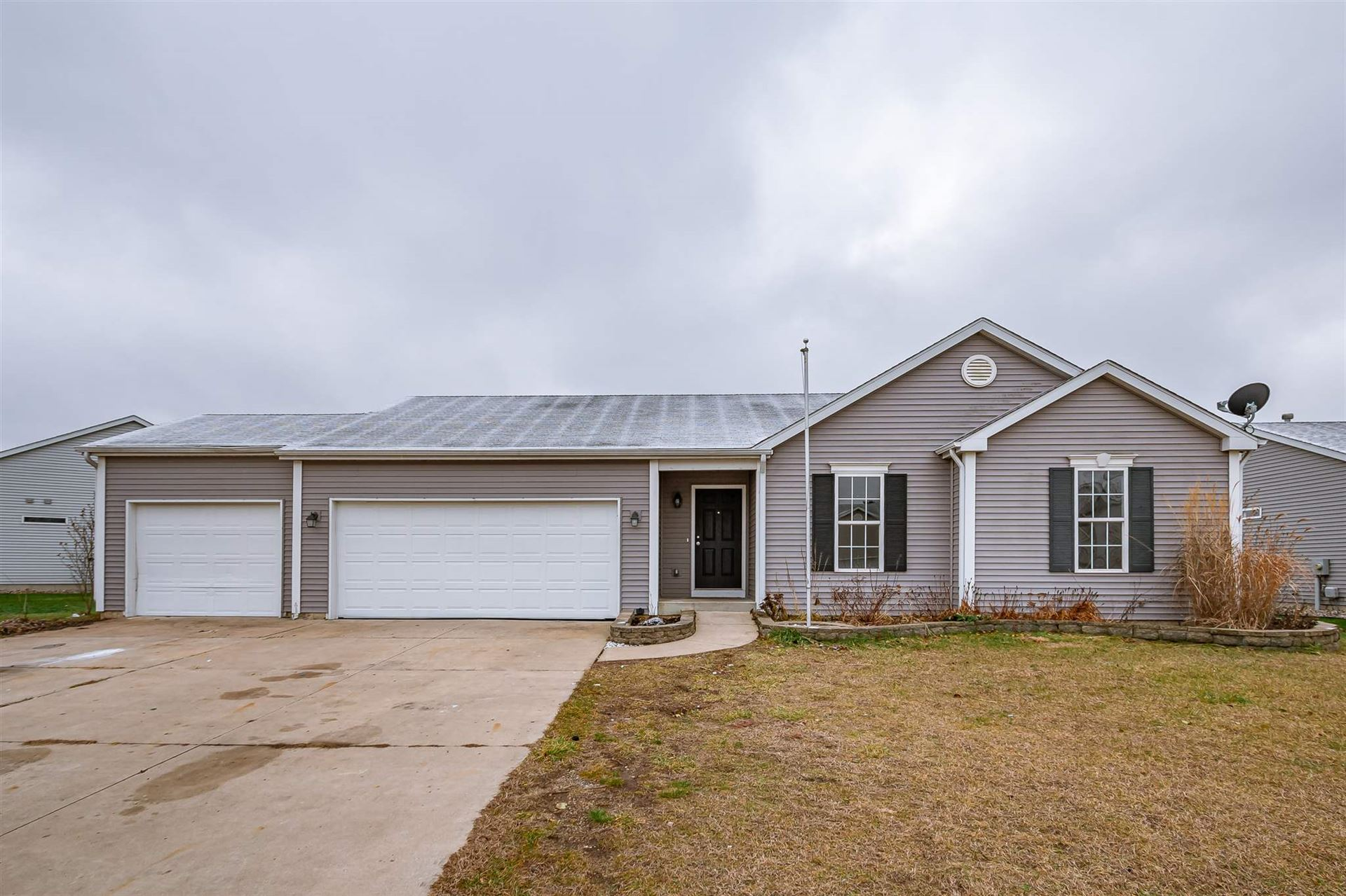 1605 Sky Valley Court, Osceola, IN 46561 - #: 201951685