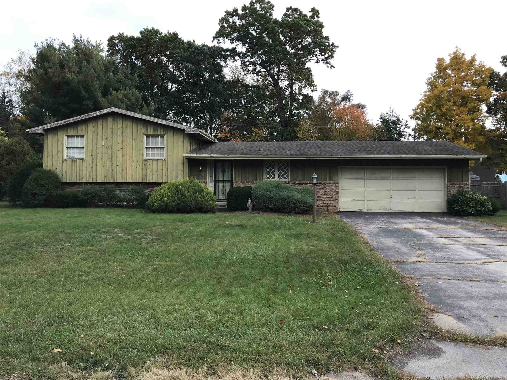 52812 E Cypress Circle, South Bend, IN 46637 - #: 202041685