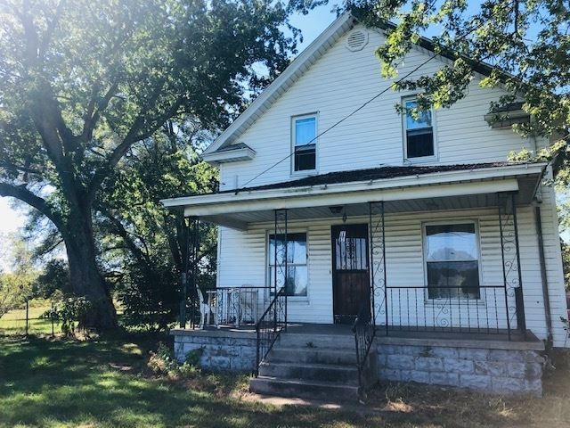 55267 Pine Road, South Bend, IN 46628 - #: 201942687