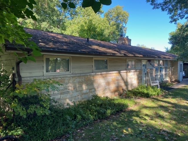 1919 Edison Road, South Bend, IN 46637 - #: 202039692