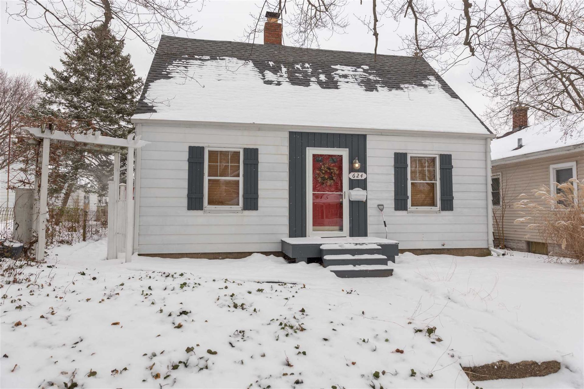 624 S 29th Street, South Bend, IN 46615 - #: 202002694