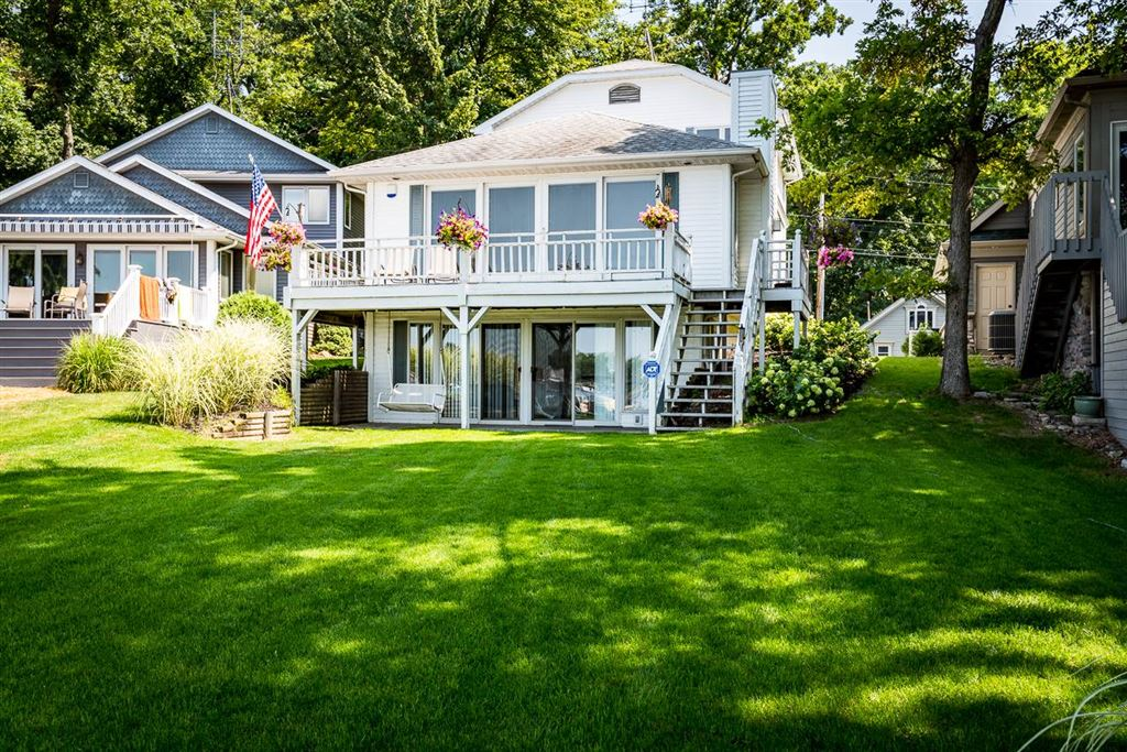 80 W Clear Lake Drive, Fremont, IN 46737 - #: 201945700