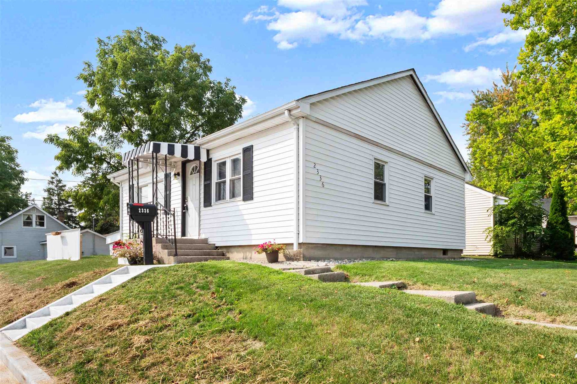 2336 Curdes Avenue, Fort Wayne, IN 46805 - #: 202038707