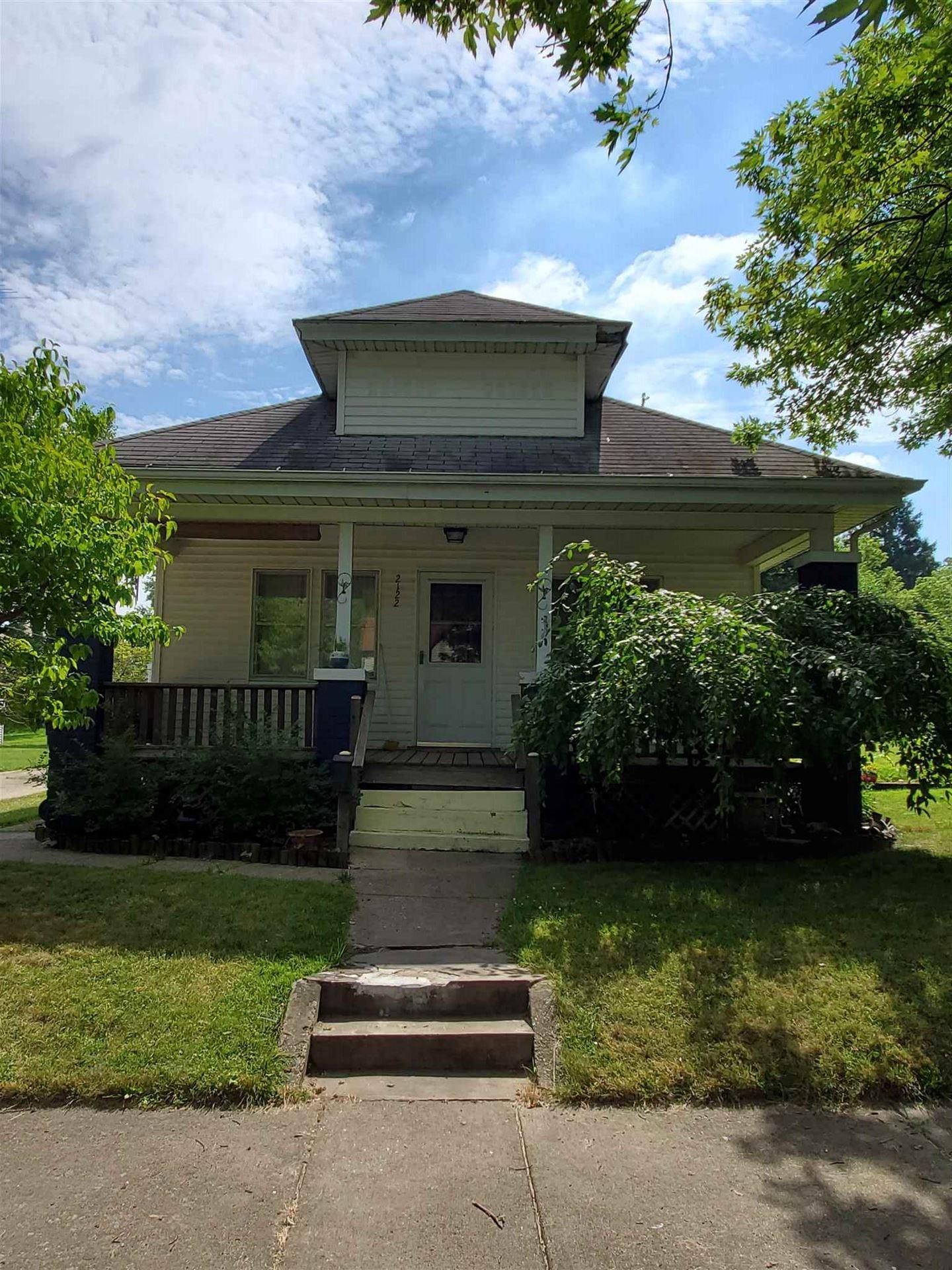 2122 Catalpa Street, South Bend, IN 46613 - #: 202027711