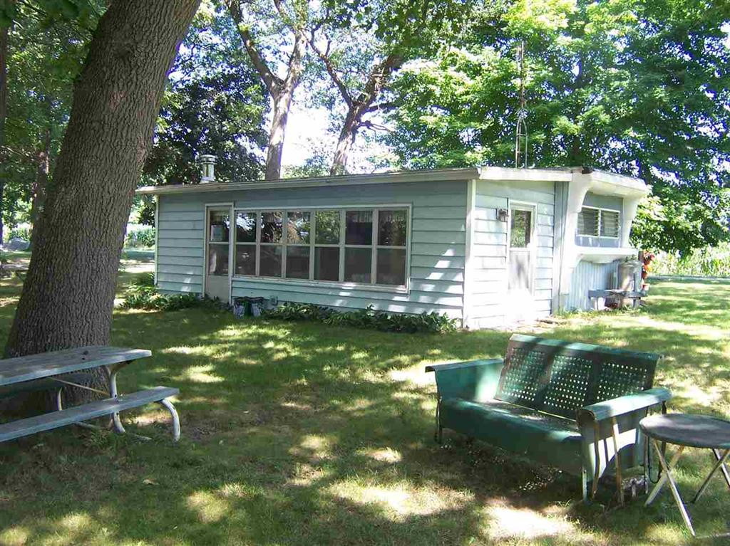 Photo of 79 EMS W 19 LN Passage, North Webster, IN 46555 (MLS # 201829722)