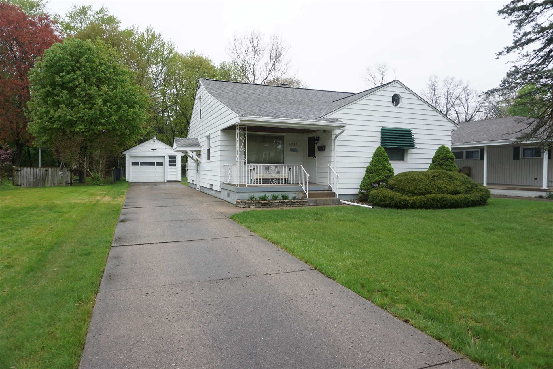 2239 BEVERLY Place, South Bend, IN 46616 - #: 202017725