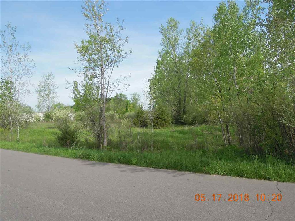 Photo of Pequignot Drive, Pierceton, IN 46562 (MLS # 201820727)