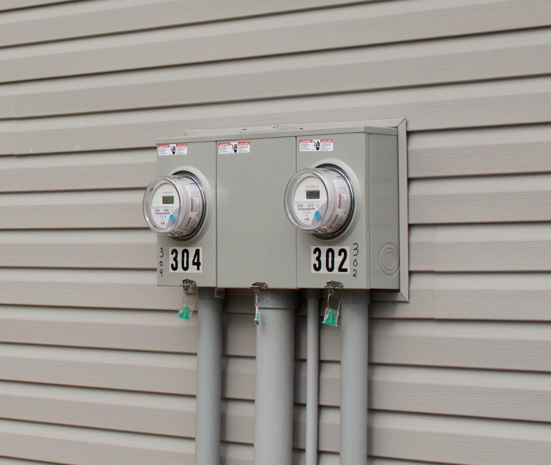 Photo of 302 W Pine Street, Pierceton, IN 46562 (MLS # 202014738)