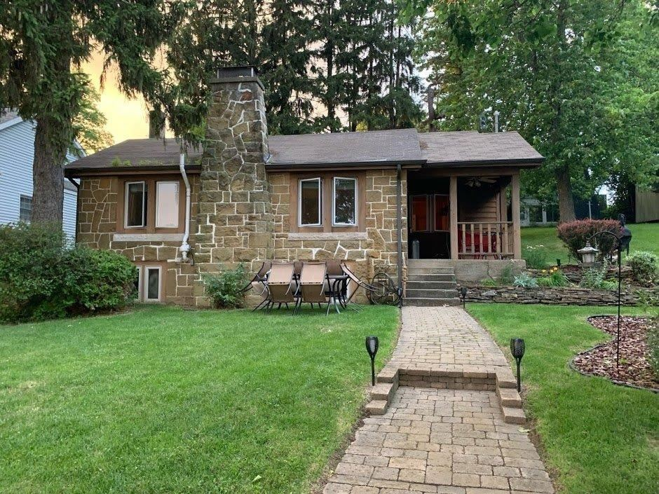 Photo of 8927 E Circle Drive, Syracuse, IN 46567 (MLS # 202004740)