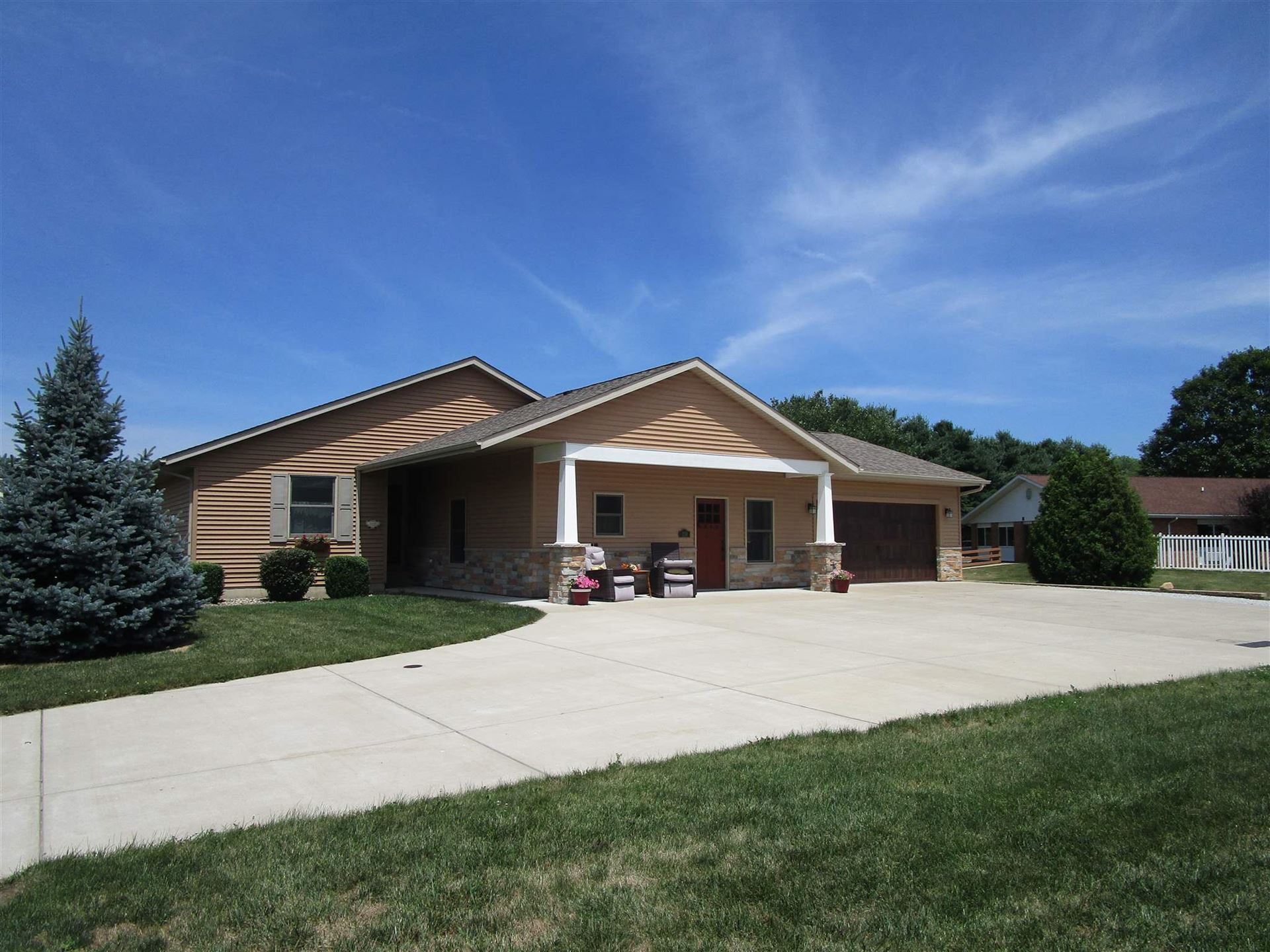 119 Lynn Dee Court, New Carlisle, IN 46552 - #: 202027749
